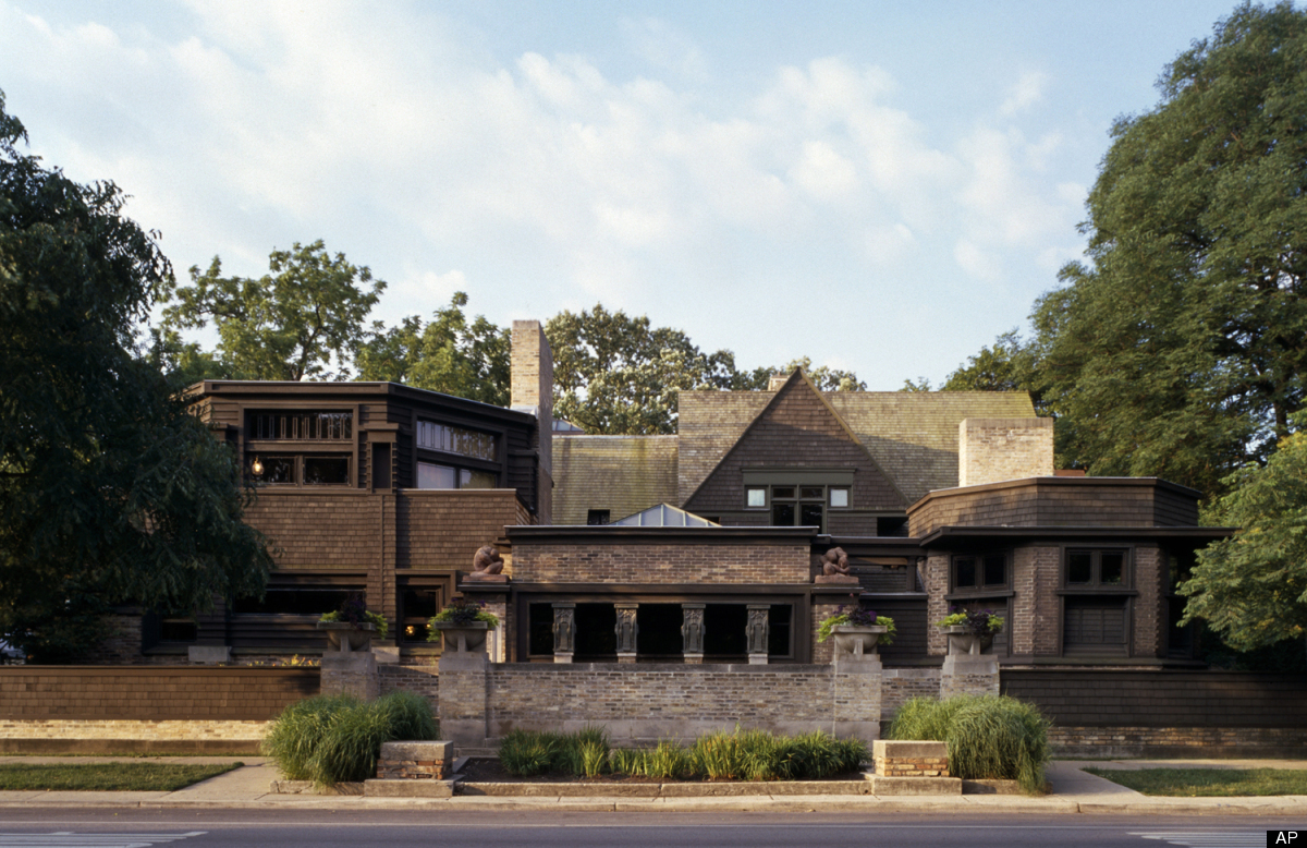 Why frank lloyd wright didn 39 t want art hung in his homes for Franks homes