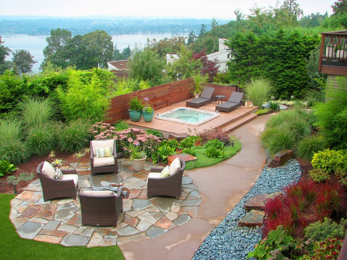 These 11 incredible backyard gardens are what dreams are for Garden design decking areas