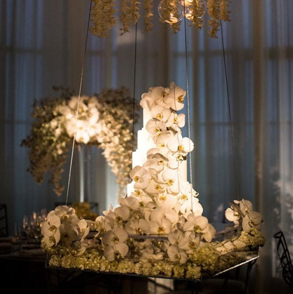 10 Fresh Ideas To Make Your Wedding Really Stand Out