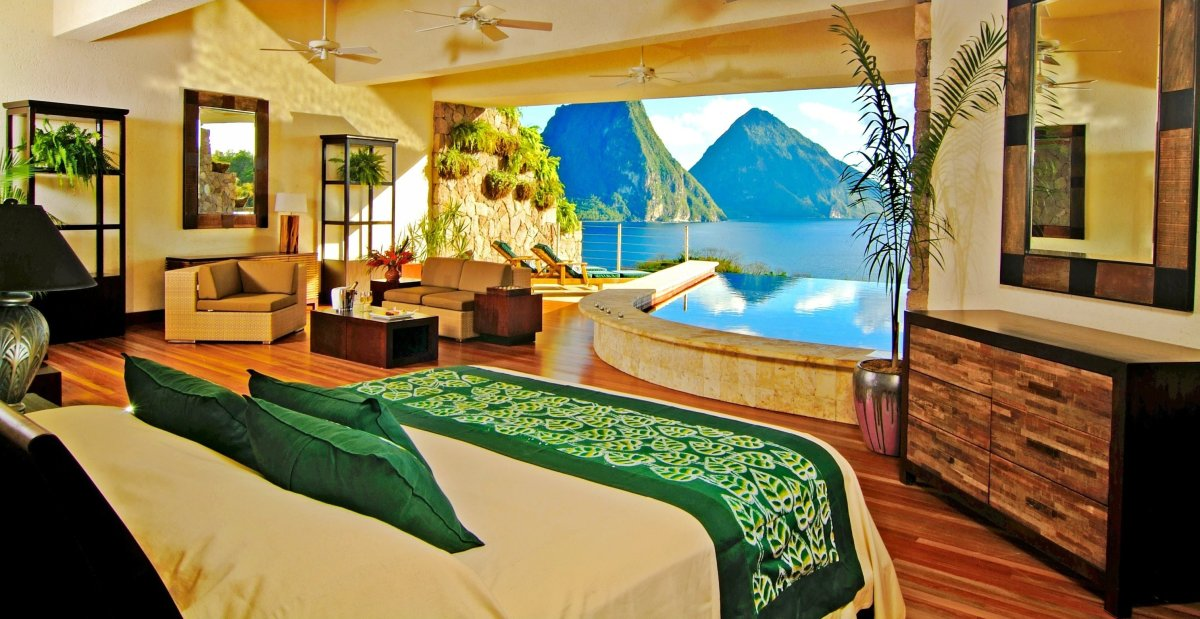 Top 5 most romantic caribbean honeymoon suites huffpost for Best romantic hotels in the world