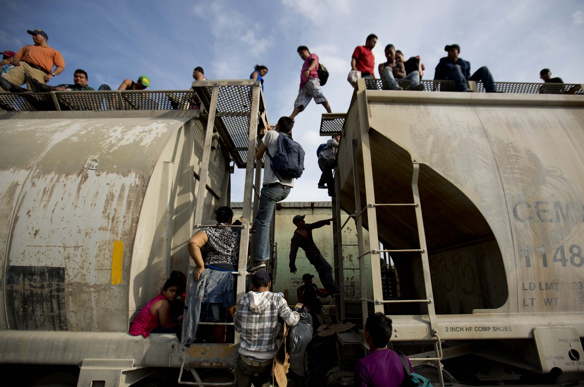 view download images  Images Obama Requests $3.7 Billion To Deal With Border Crisis | HuffPost
