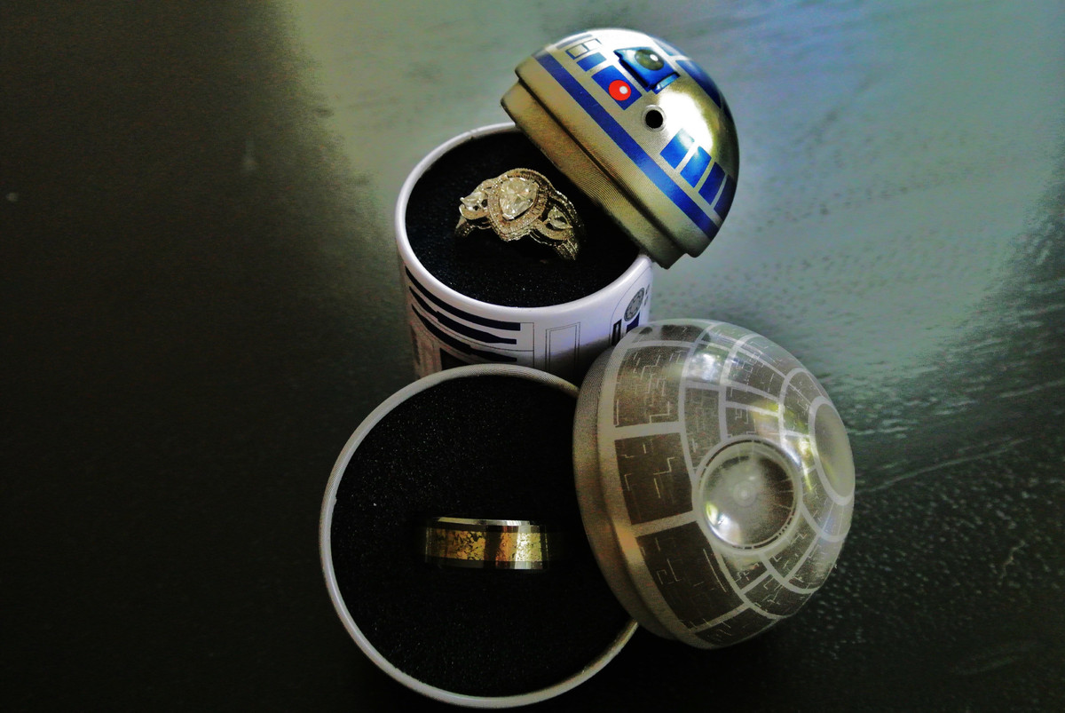 May the 4th be with you especially on your wedding day for Star wars wedding rings