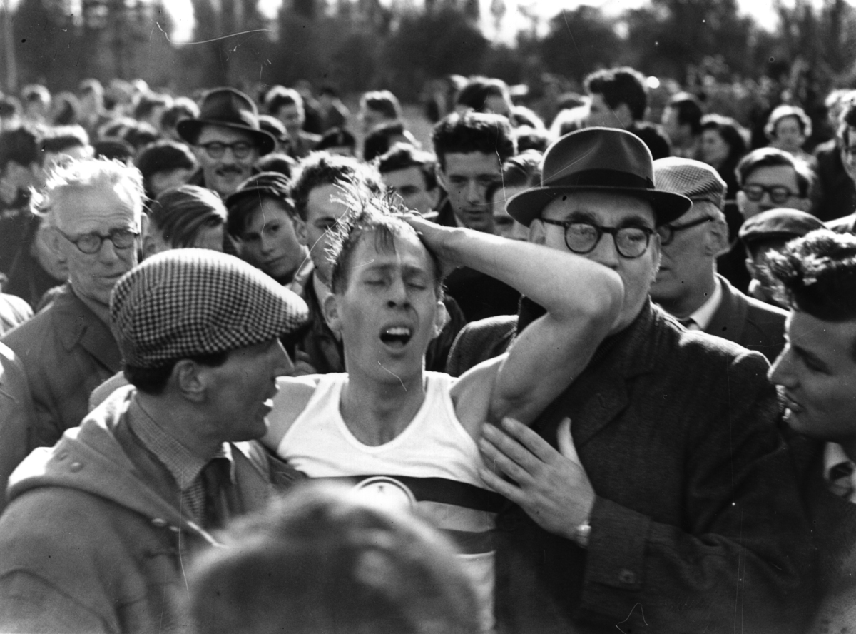 Roger Bannister's Four-Minute Mile: 60 Years On (VIDEO ...