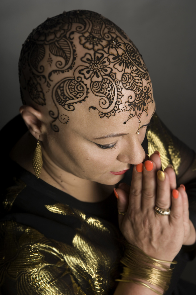 beautiful henna crowns bring confidence and joy to women experiencing hair loss huffpost. Black Bedroom Furniture Sets. Home Design Ideas