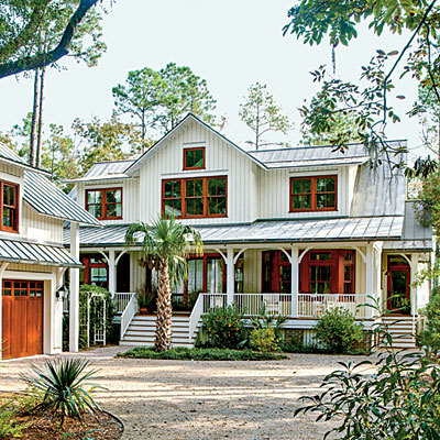 8 dream homes that aren 39 t mcmansions photos huffpost for Low country farmhouse plans