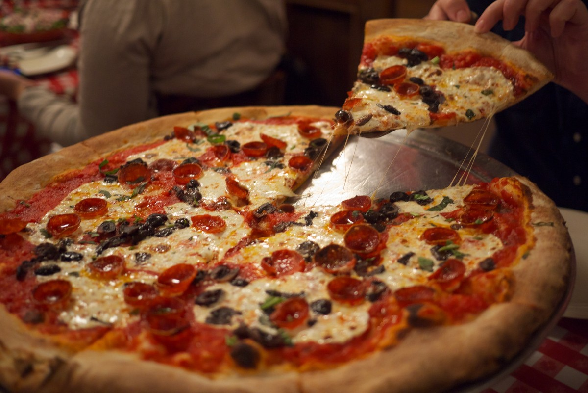13 Food Signs You 39 Re Definitely A Tourist In New York City HuffPost