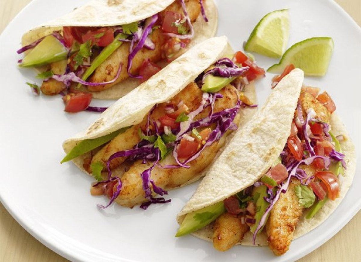 Fish tacos recipe dishmaps for Fish burrito recipe