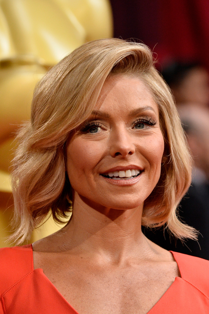 kelly ripa new haircut the weeknd cut his legendary hair for new album starboy 1776 | slide 351686 3799685 free
