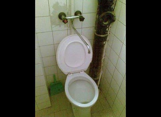 『趣图』如厕成杯具 17大囧厕所 - JuliaD - 每日小抄在网易