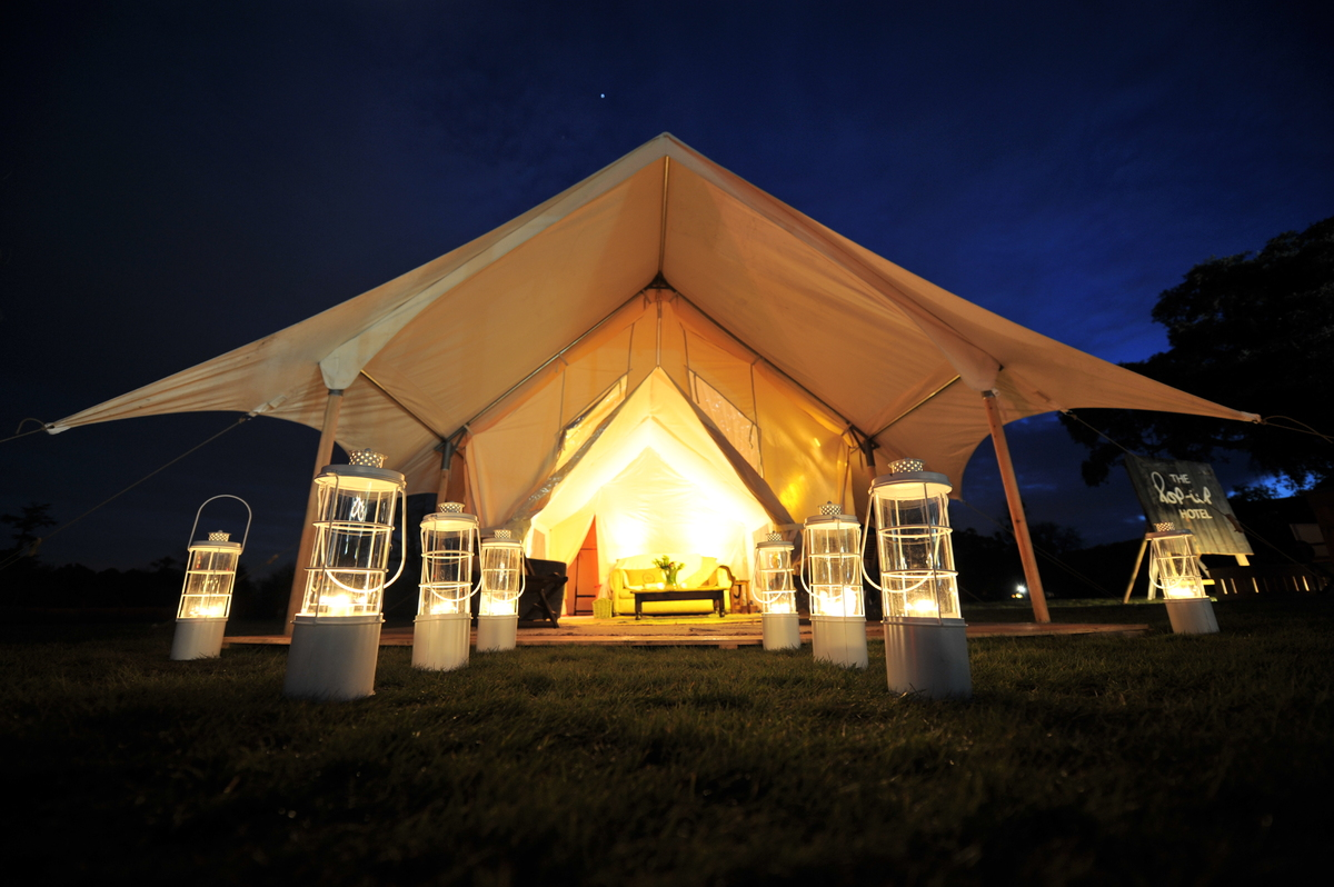 Glastonbury Festival S Pop Up Hotel Makes Us Actually