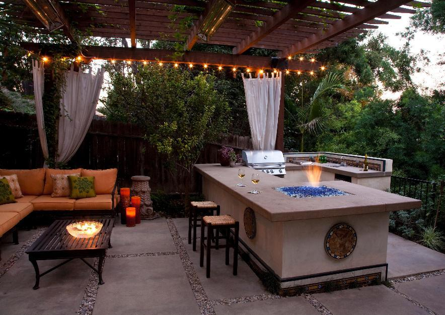 Creating A Kitchen For Entertaining: These 10 Kitchens Make Quite The Argument For Outdoor