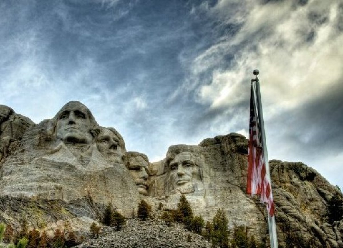 Amazing facts about america 39 s most famous landmarks huffpost for Mount rushmore history facts