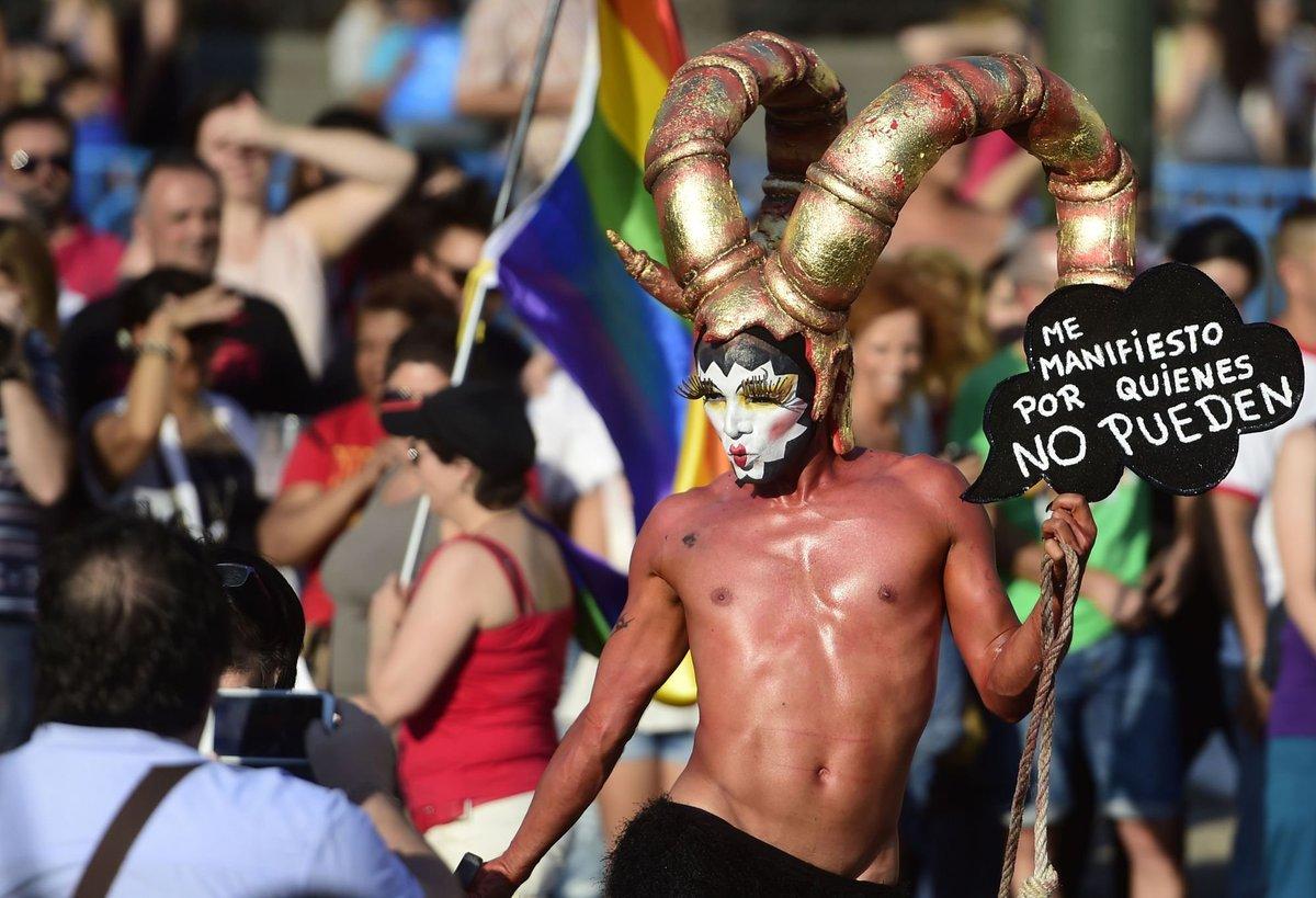 servicios sexuales fiesta gay