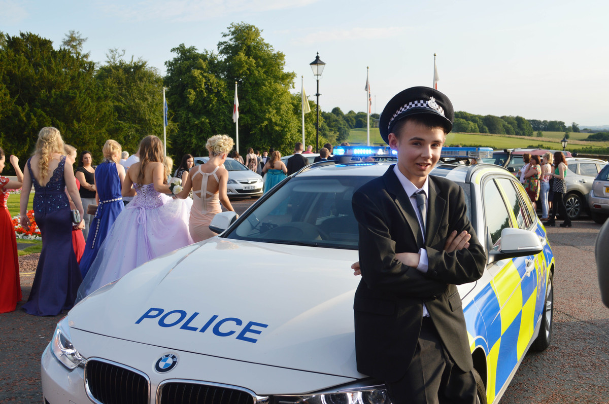 Teen With Cancer Rides To Prom In Police Car