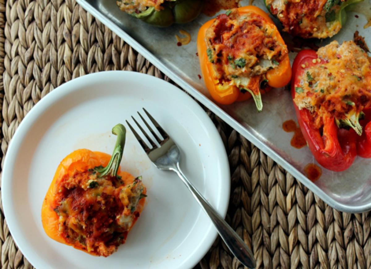 17 Enchilada Chicken & Quinoa Stuffed Bell Peppers