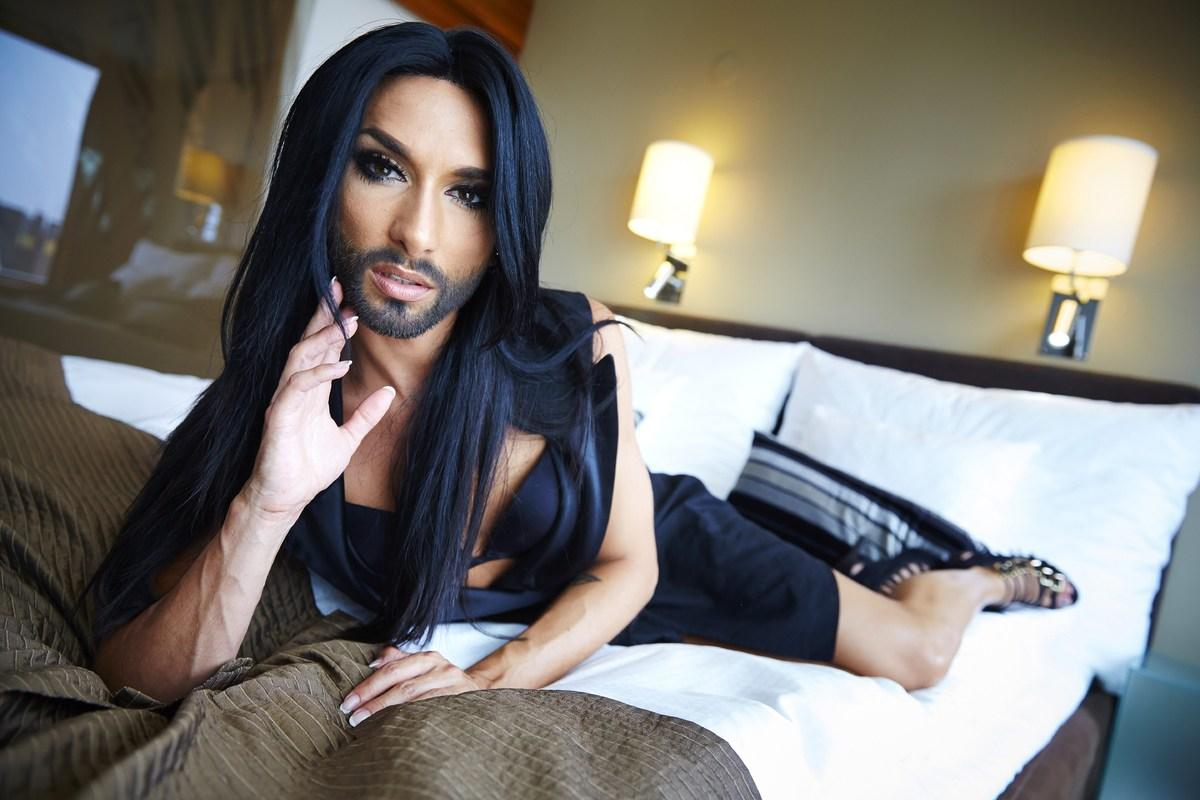 eskort man söker homo knullkompis