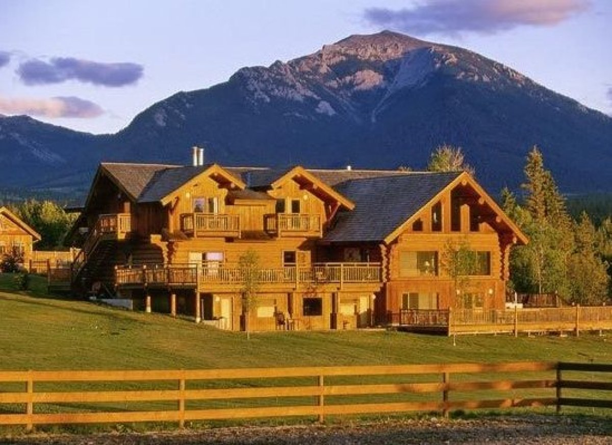 Top 10 luxury ranches around the world huffpost Luxury ranch texas