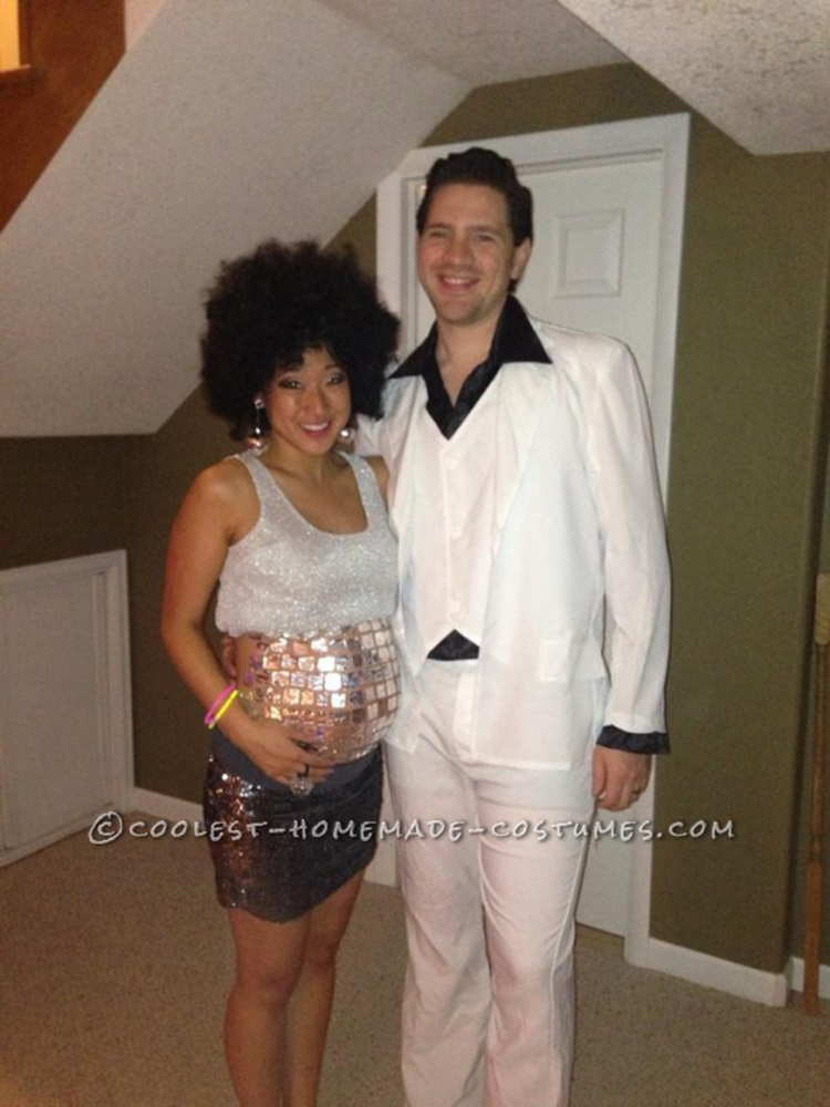 halloween costumes for pregnant women that are fun easy and downright creative huffpost - Pregnant Halloween Couples Costumes