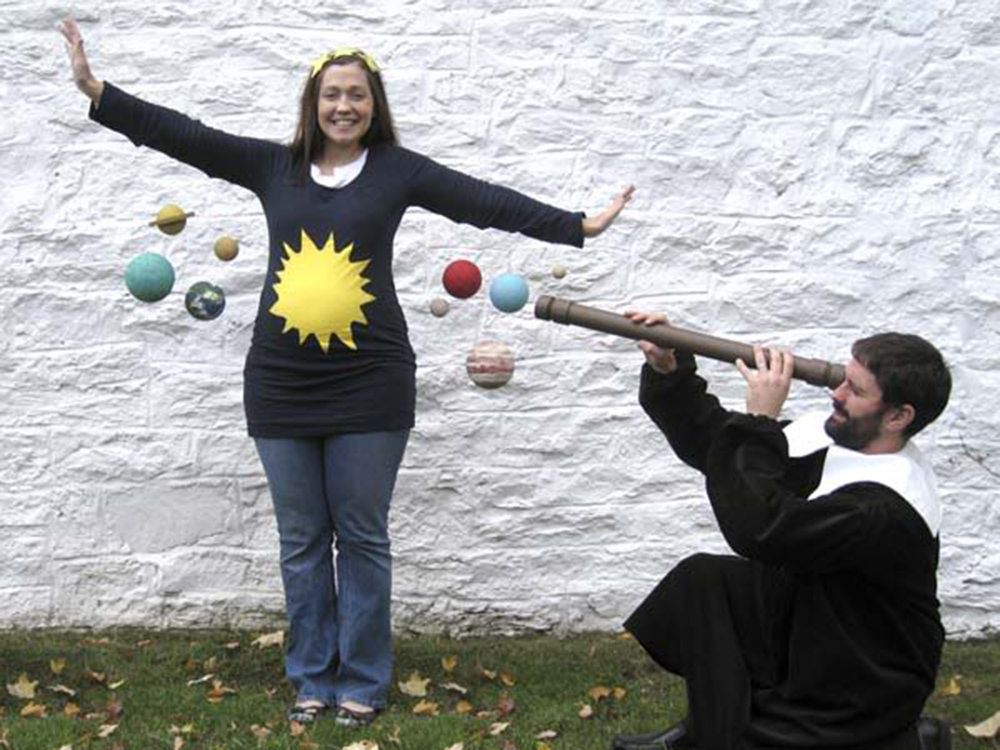 halloween costumes for pregnant women that are fun easy and downright creative huffpost - Universe Halloween Costume