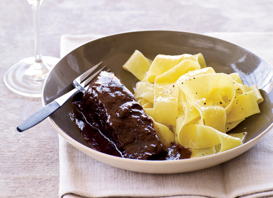 Get the Easy Short Ribs Braised in Red Wine recipe