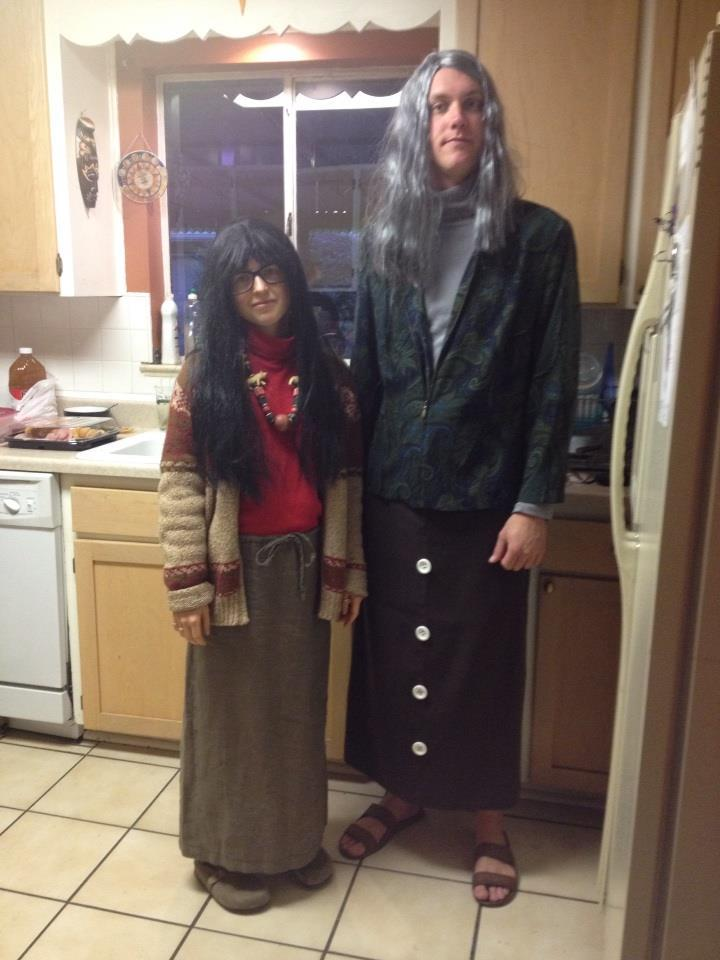 18 Awesome Halloween Costumes For Couples Who Don T