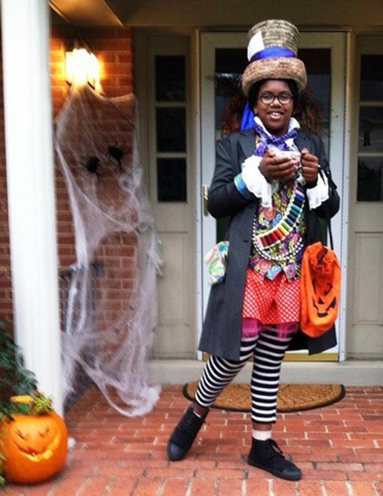 42 fierce halloween costumes for girls huffpost - Mad Hatter Halloween Costume For Kids