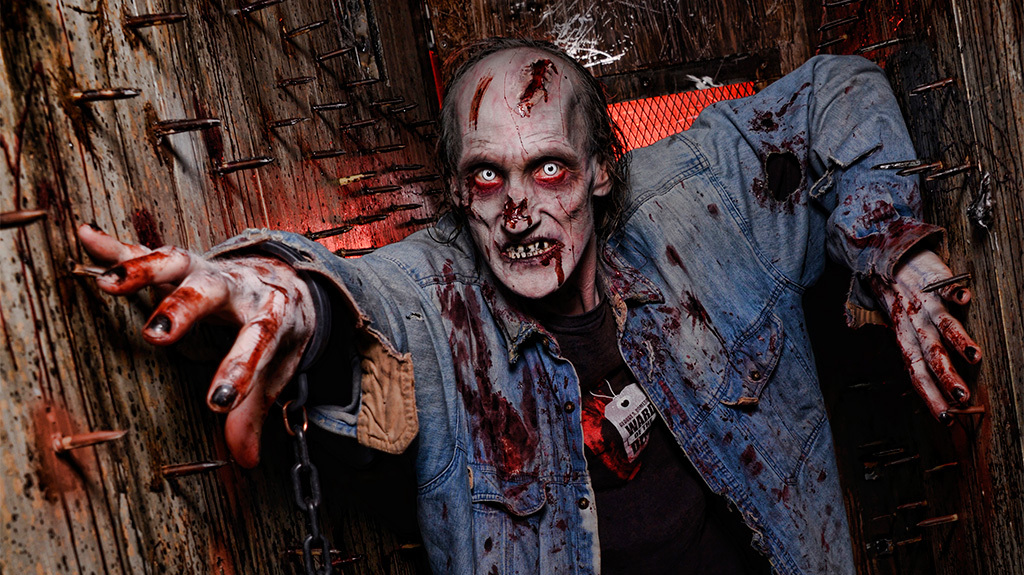 check out 2014s scariest haunted houses if you dare check haunted house