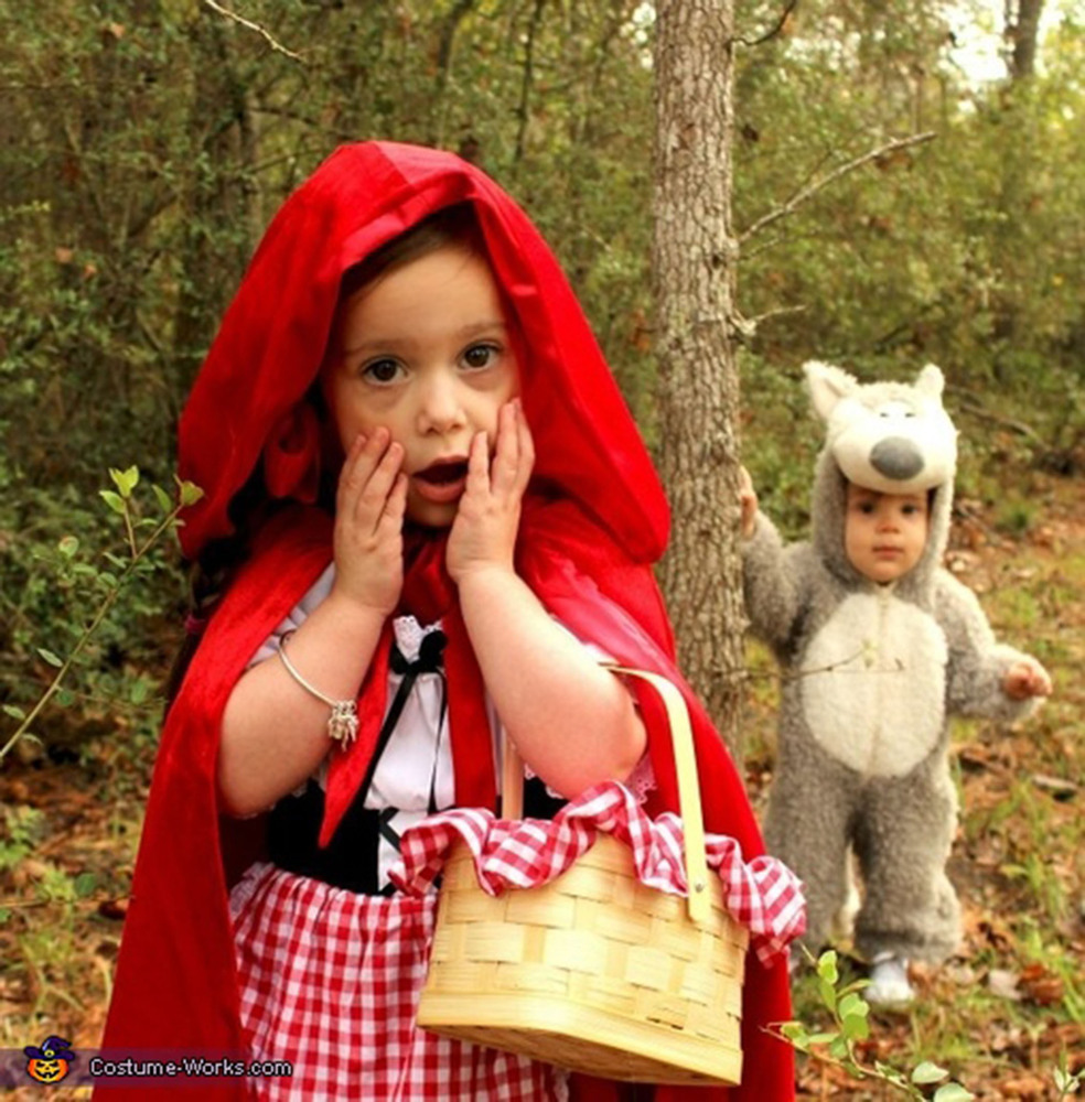 halloween costumes for siblings that are cute creepy and supremely clever huffpost - Halloween Costume For Brothers