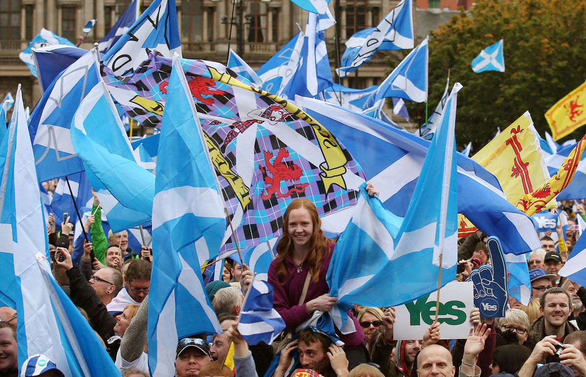 Pro-independence RALLY, Dunfermline, Forward As One