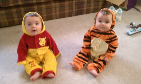 via costume pop - Baby Twin Halloween Costumes