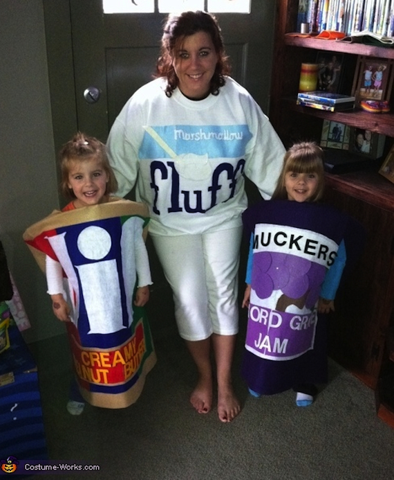 16 Peanut Butter   Jelly. Halloween Costumes For Twins That Will Win You Over  Twice   The