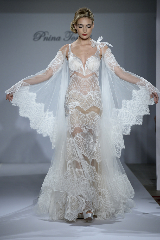 NewsCorp 24: These Wedding Dresses Are For Brides Who Dare To Go Bare