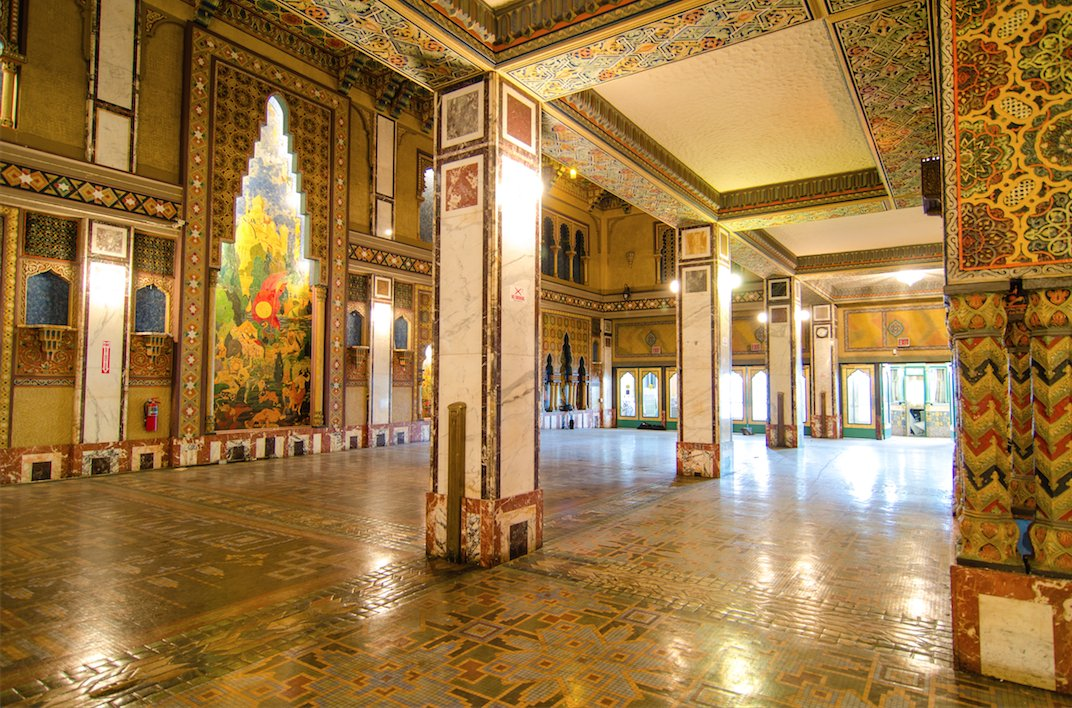 These Gorgeous Chicago Landmarks Are Open To The Public