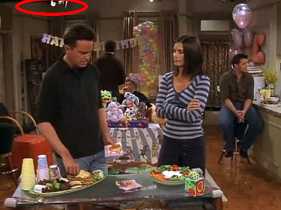 11 mistakes in Friends you won't believe you missed
