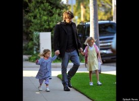 slide 37732 496301 small PHOTO: Owen Wilson, Son Hit The Playground