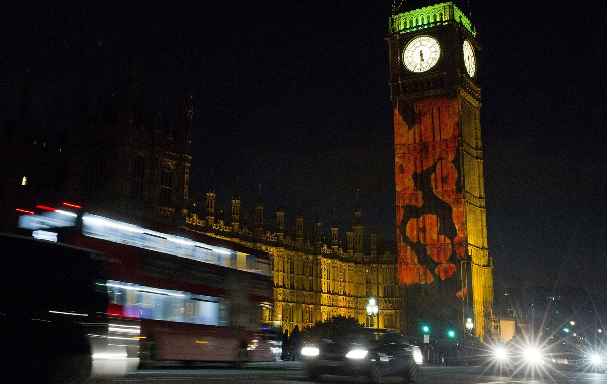 Poppies Projected Onto Big Ben In Spectacular Remembrance ... - photo#36
