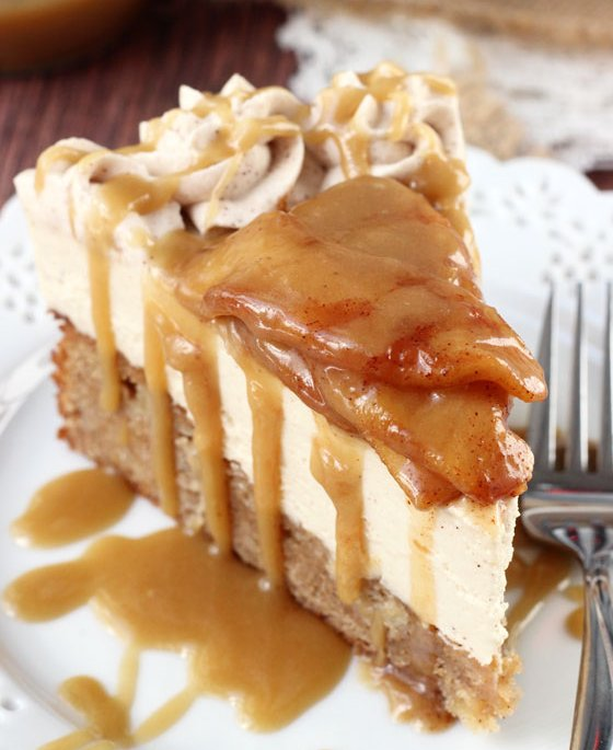 Find and save ideas about Thanksgiving desserts on Pinterest. | See more ideas about Thanksgiving deserts, Caramel apple slices and Chocolate apples.