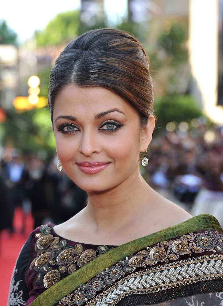 All The Times Aishwarya Rai S Eyes Mesmerized Us Photos