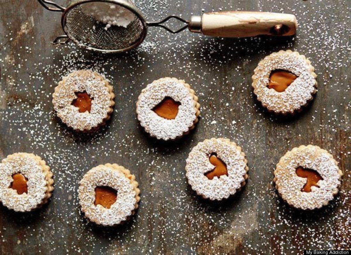 33 spiced linzer cookies