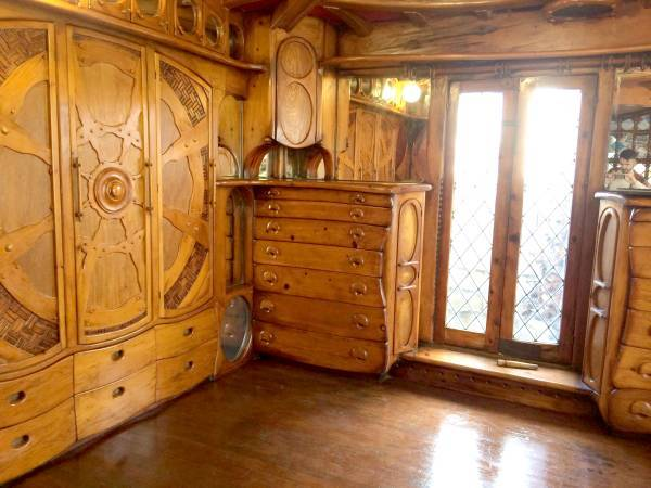 You Ll Never Guess What S Inside This Luxurious Hobbit