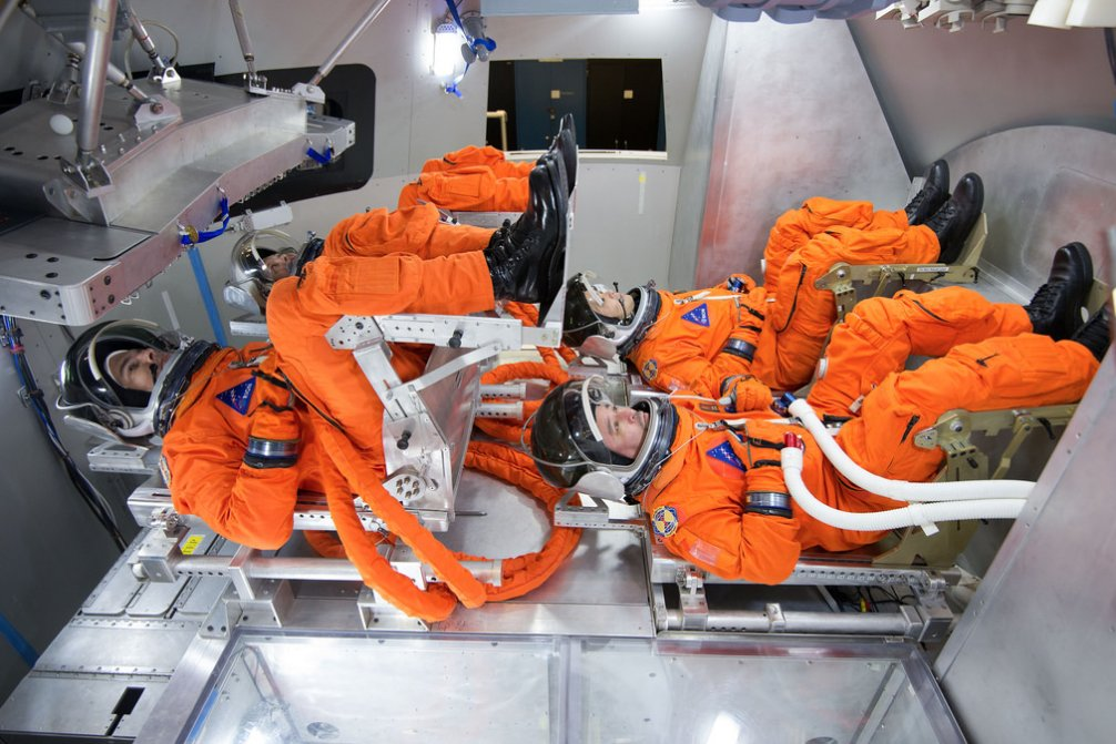 NASA Orion Spacecraft: This Is What It Looks Like Inside ...