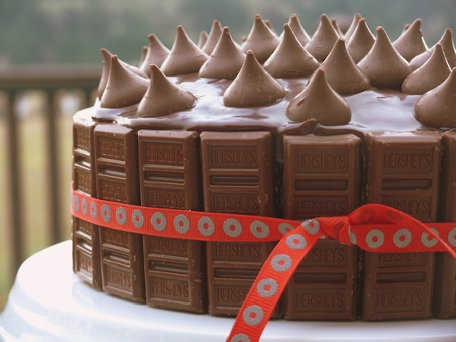 Hershey kisses birthday cake recipe