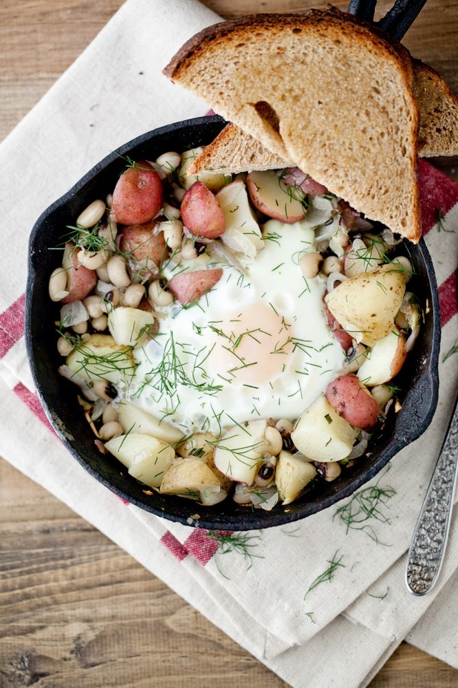 Get the Black-Eyed Peas And Dill Potato Skillet recipe from Naturally ...