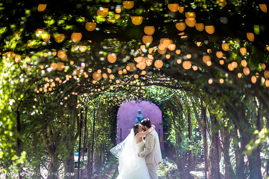 21 Wedding Photos That...