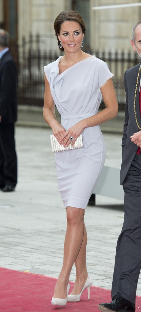 30 Most Stylish Photos Of Kate Middleton