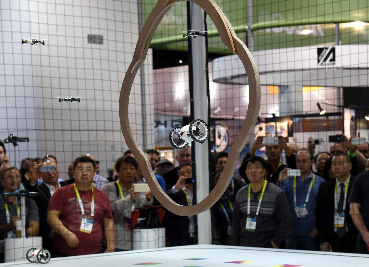 CES 2015 In Pictures: 19 Images That Prove We Live In The ...