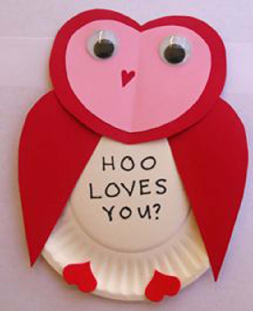 23 easy valentine 39 s day crafts that require no special for Valentines crafts for kindergarten