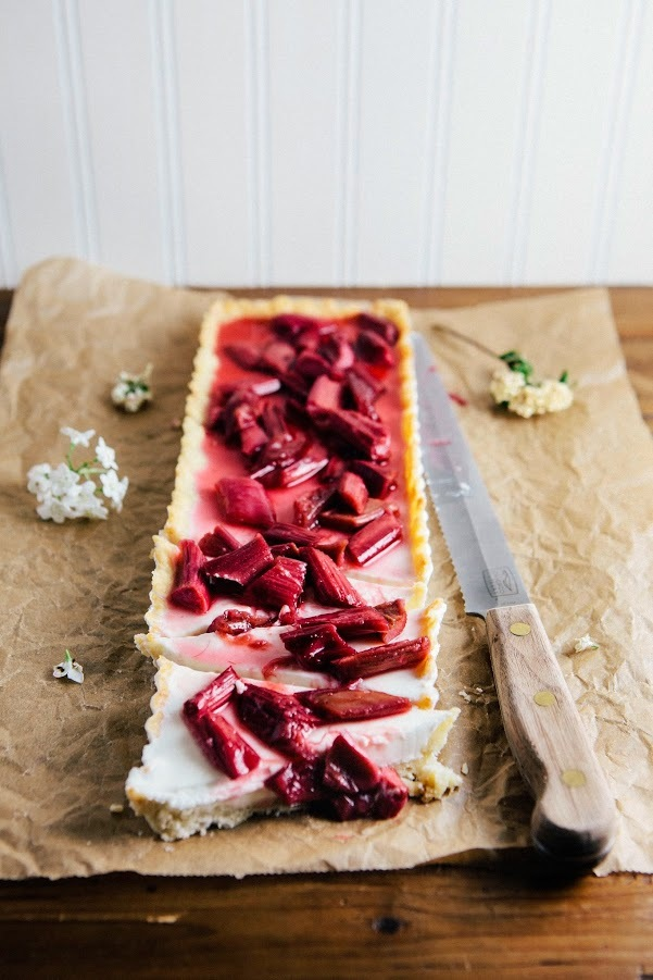 Get the Rhubarb Vanilla Bean Panna Cotta Tart recipe from Hummingbird ...