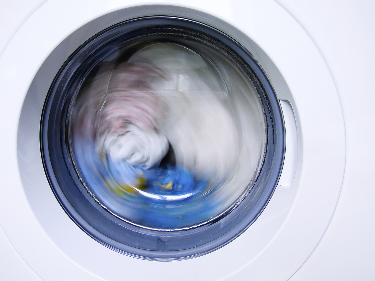Clothes Washing Machine ~ How to remove sweat stains from your clothes like a boss