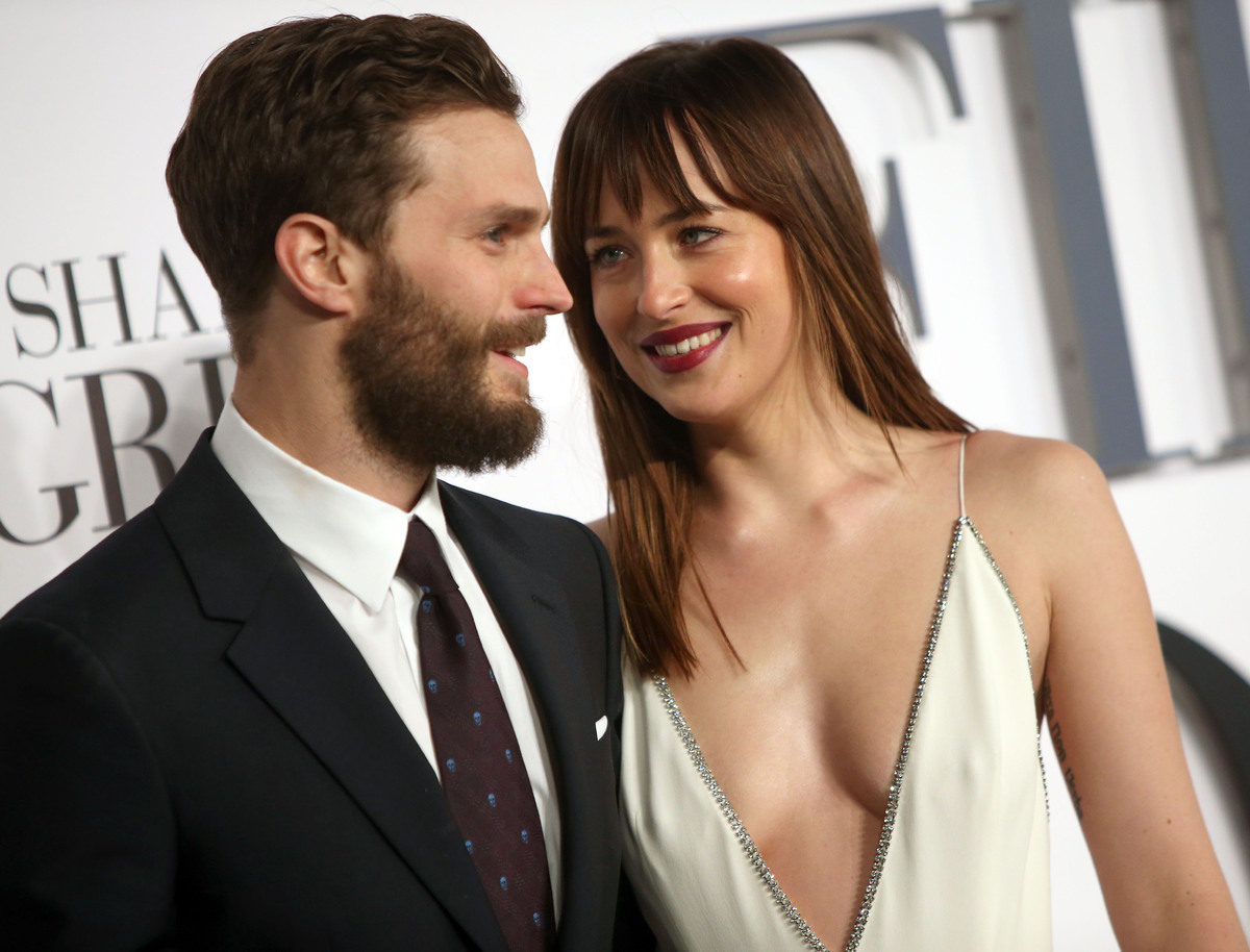 jimmy kimmel proves regular people are way kinkier than fifty fifty shades london premiere
